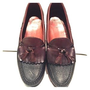 Allen Edmonds Shoes - Allen Edmonds Nashua Loafers
